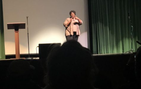 Stacey Abrams speaks at Roswell