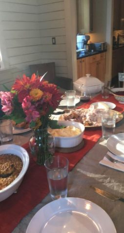 Thanksgiving is a time for gathering with family and eating a lot of amazing food. From stuffing, to turkey, to mashed potatoes there is something for everyone.