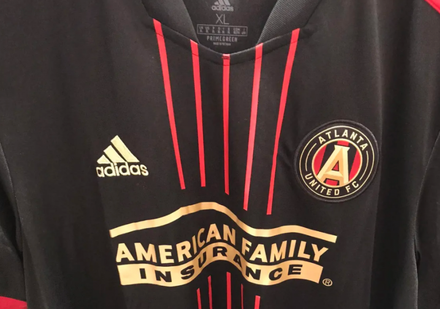 With the 2021 season came the BLVCK kit which has 5 thin stripes down the center represting the 5 pillars of Atlanata United. Photo by Ashley Meyer