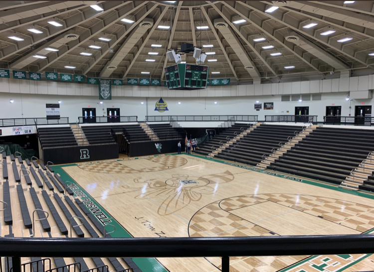 Roswell's empty gym as it sees its lowest amount of audience for sporting events in years. Photo by @roswellhoops on Twitter