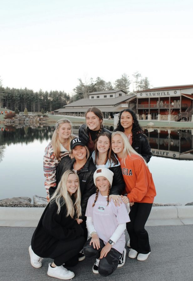 RHS+young+women+at+a+Younglife+camp%21+They+are+learning+to+take+on+any+challenge+that+is+ahead+of+them.+Photo+credit%3A+Alli+Wiggins