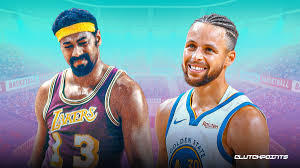 Steph Curry passes Wilt Chamberlain to become Warriors all time leading scorer. Photo Credit: Clutch Points